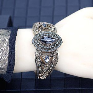 Vintage Gray Crystal Handcrafted Ladys Bangle